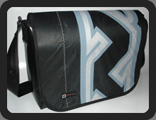 naish boxer messenger bag